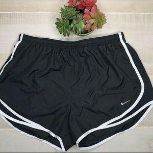 🌈Nike dri fit black running shorts L